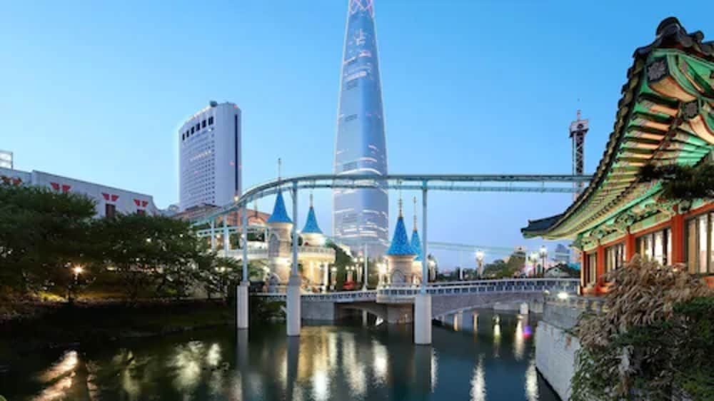 Exterior, Lotte Hotel World