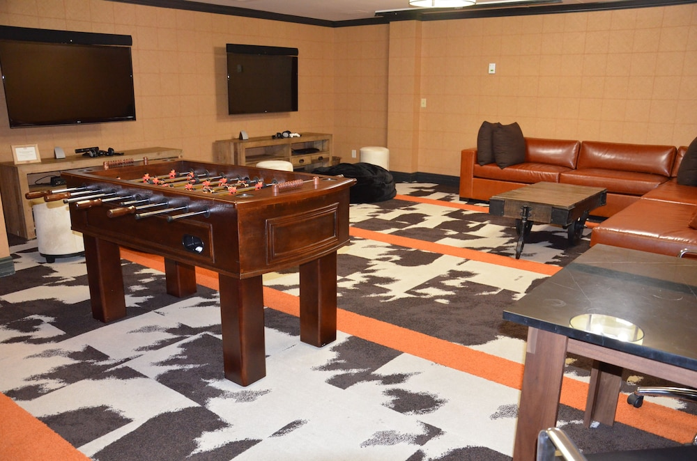 Game Room, Hotel Jerome, An Auberge Resort