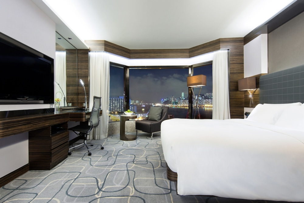 Featured Image, New World Millennium Hong Kong Hotel