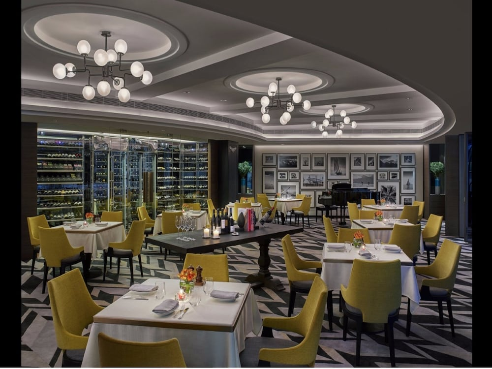 Restaurant, New World Millennium Hong Kong Hotel