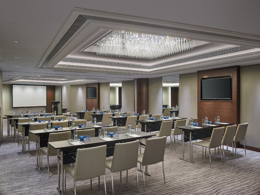 Meeting Facility, New World Millennium Hong Kong Hotel