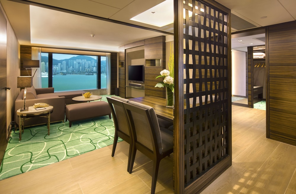 Living Room, New World Millennium Hong Kong Hotel