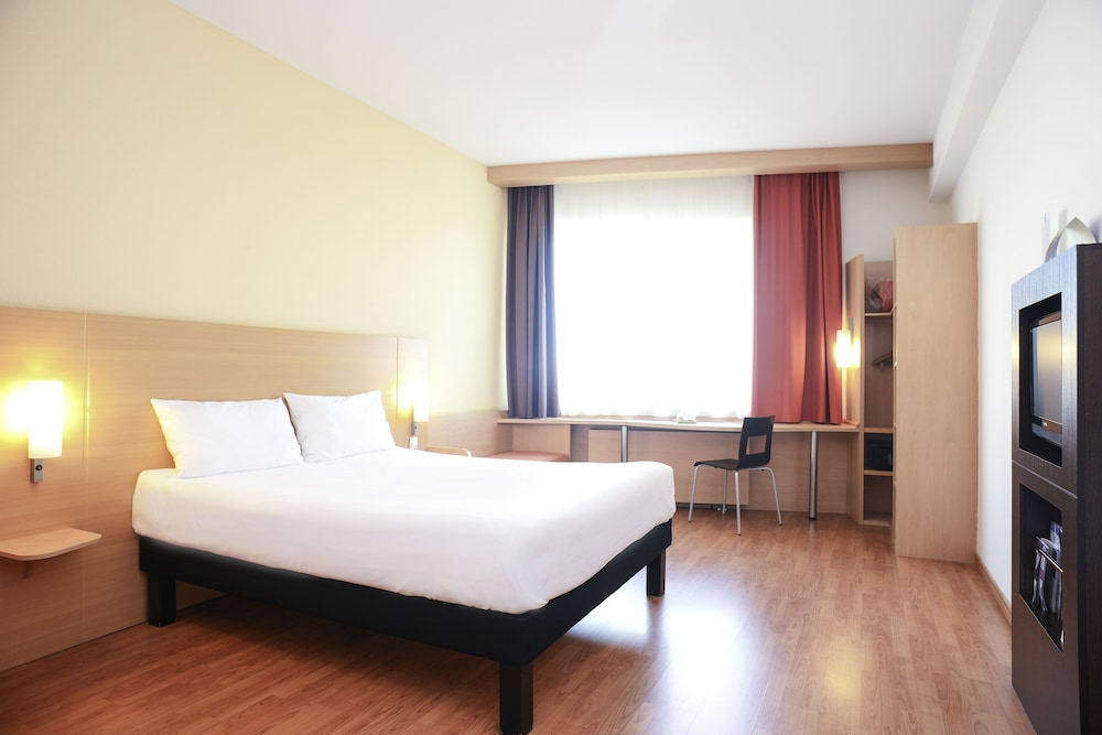 Hotel Ibis Douai