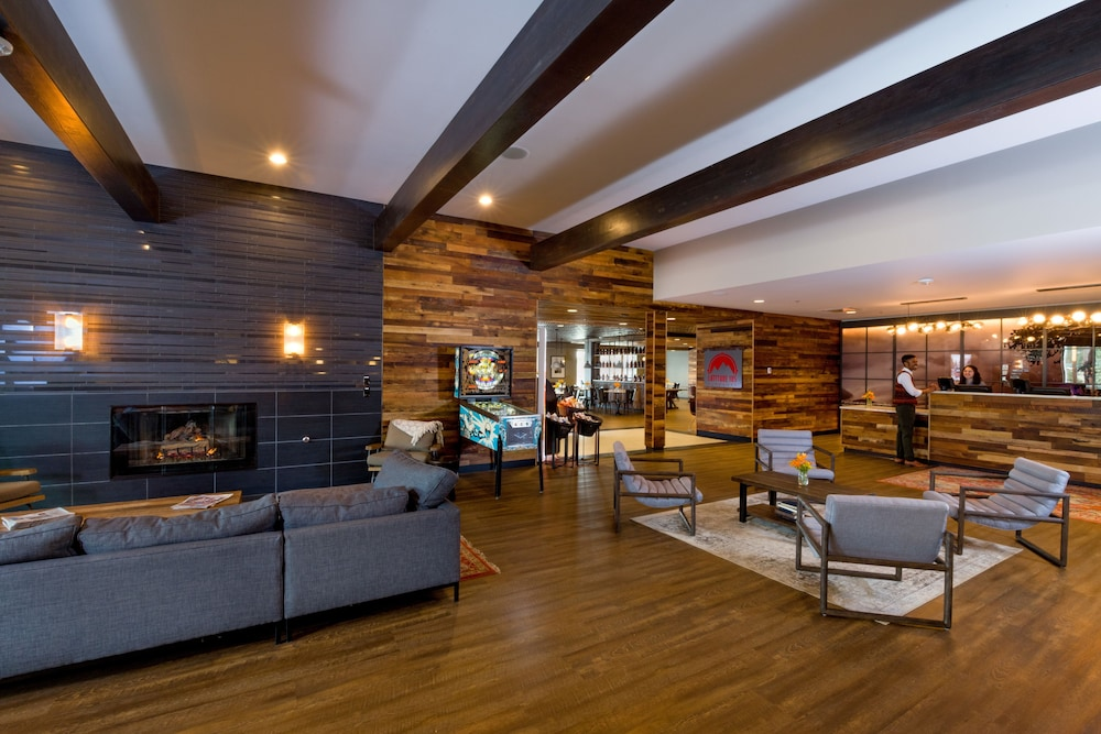 The Ridgeline Hotel Estes Park An Ascend Hotel Collection Member In