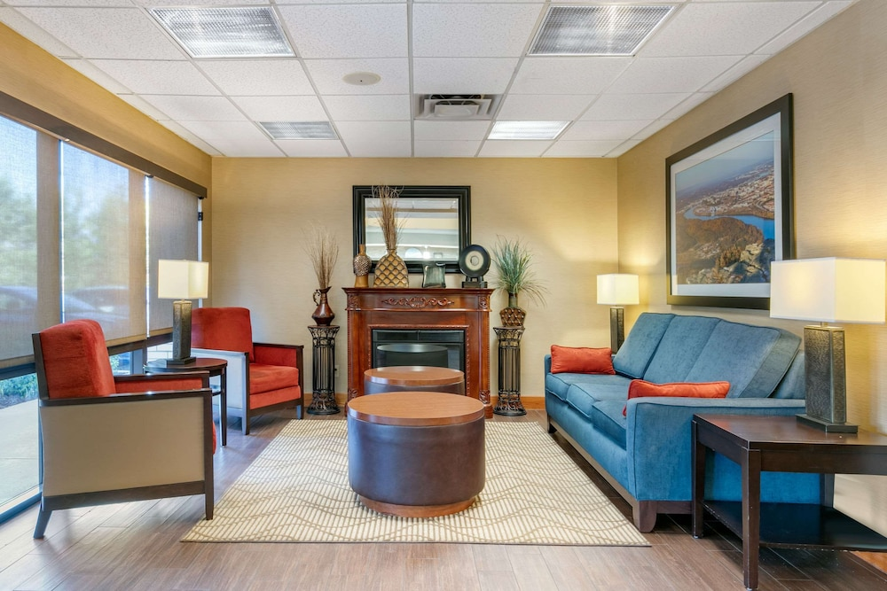 Featured Image, Comfort Inn Downtown
