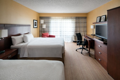 Courtyard by Marriott Los Angeles LAX El Segundo