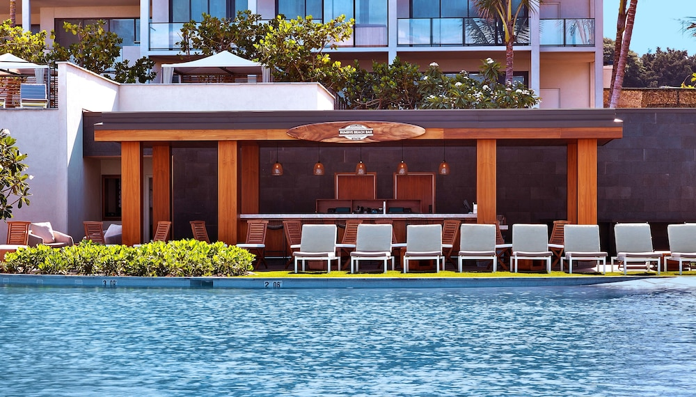 Poolside Bar, Andaz Maui at Wailea Resort - a concept by Hyatt
