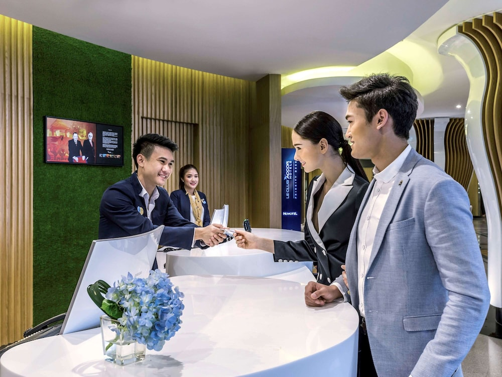 Check-in/Check-out Kiosk, Novotel Bangkok On Siam Square