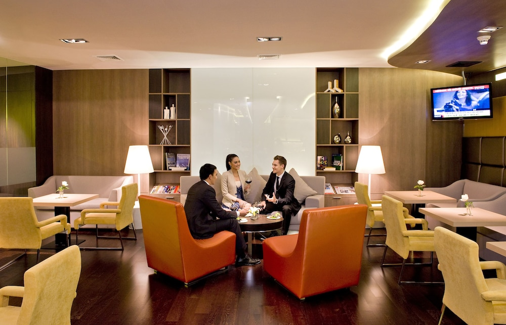 Executive Lounge, Novotel Bangkok On Siam Square
