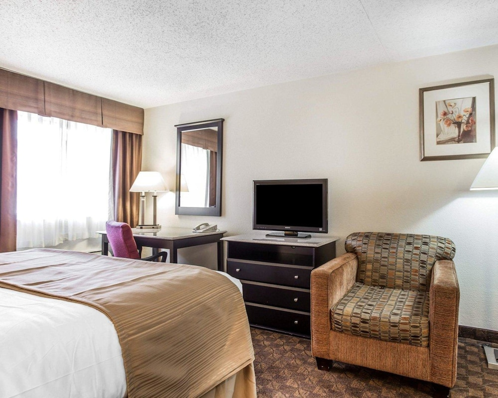 Room, Quality Inn & Suites Coliseum
