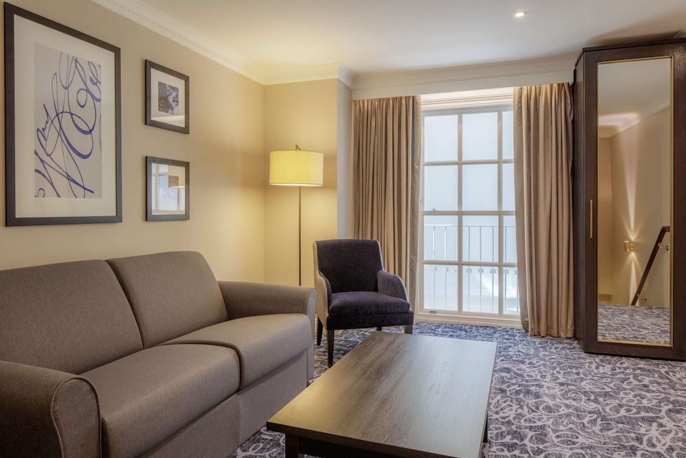 Living Area, Hilton London Euston