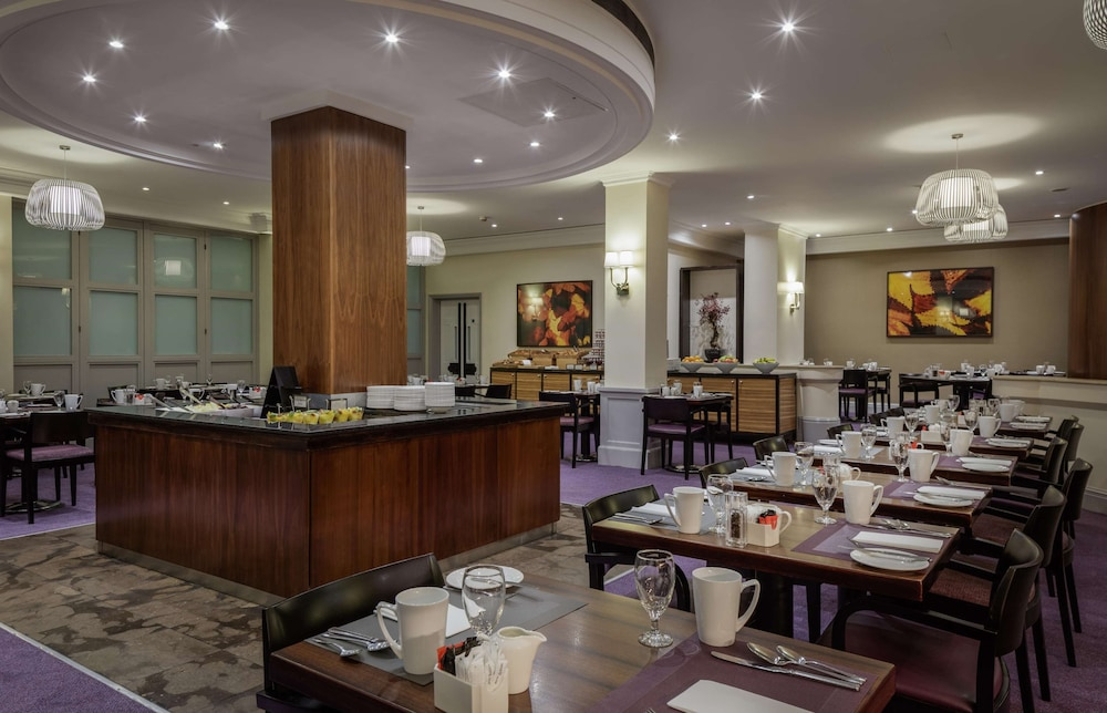 Restaurant, Hilton London Euston