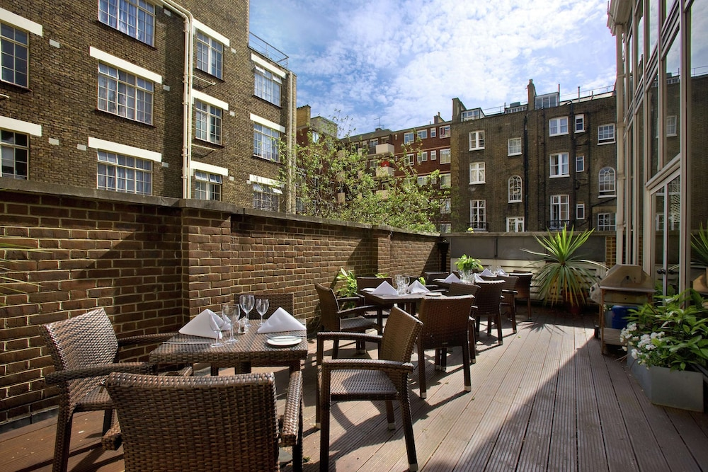 Terrace/Patio, Hilton London Euston