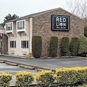 Red Lion Inn & Suites Vancouver