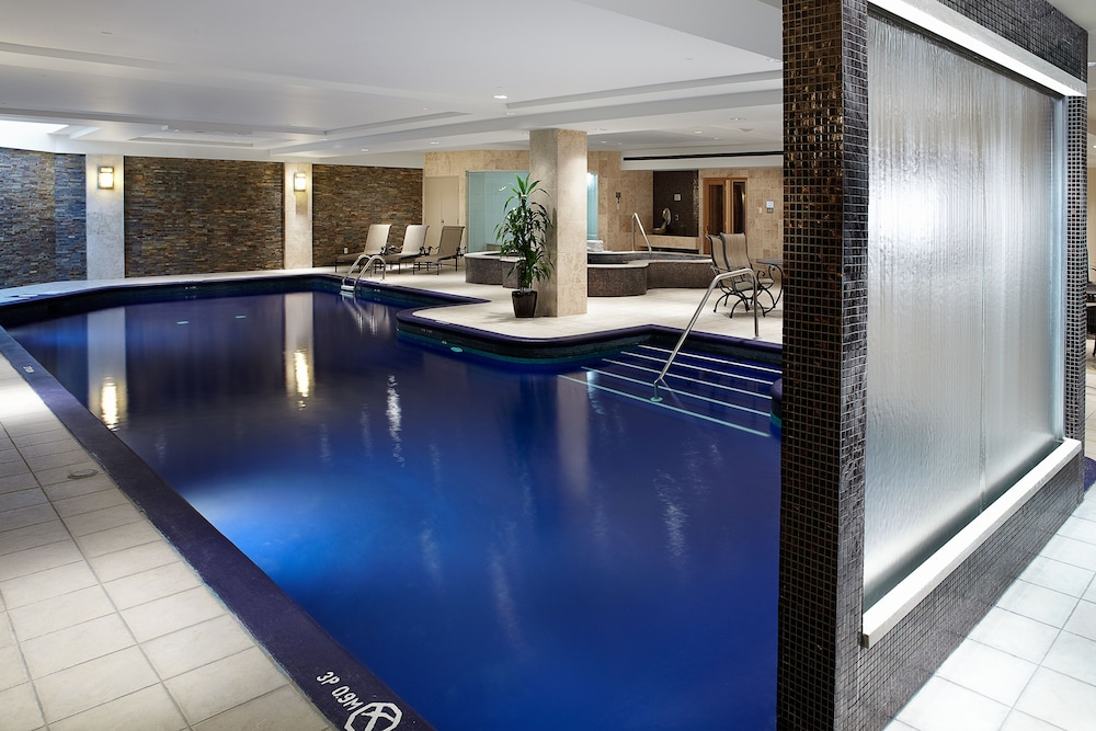 Indoor Pool, Sheraton Laval Hotel