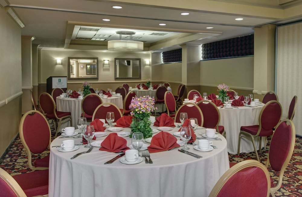 Ballroom, Embassy Suites by Hilton West Palm Beach Central