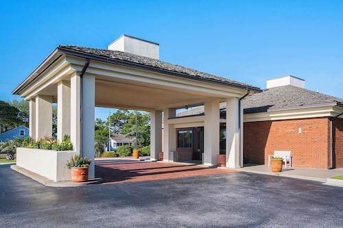Quality Hotel Morehead City near Atlantic Beach
