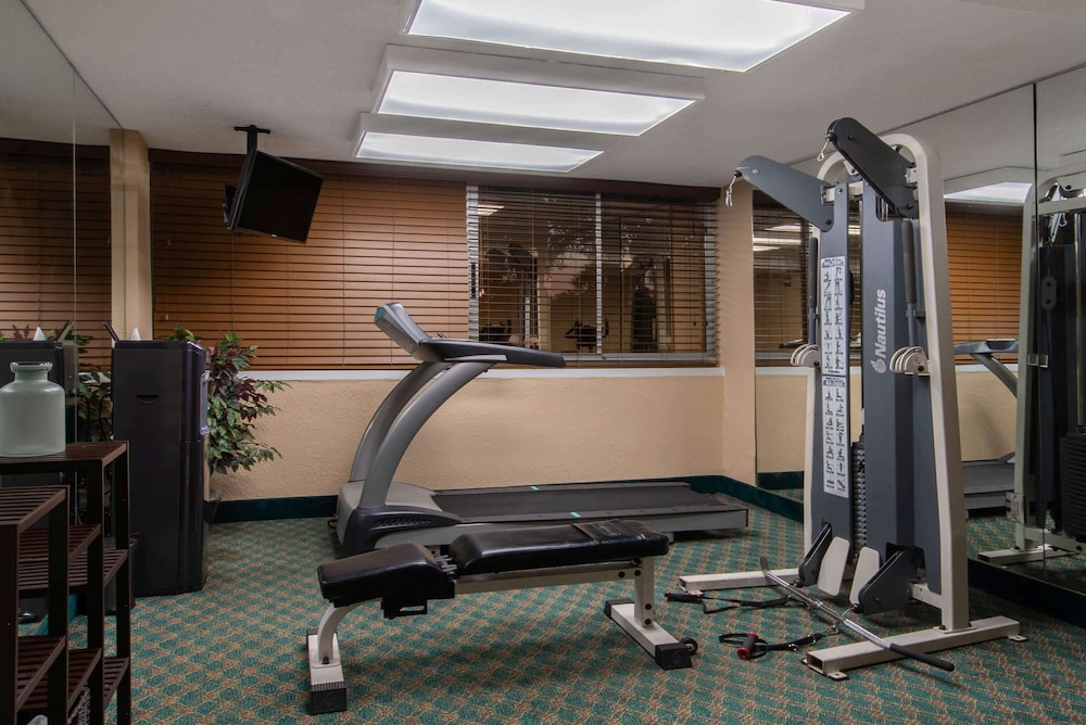 Fitness Facility, La Quinta Inn & Suites by Wyndham Deerfield Beach I-95