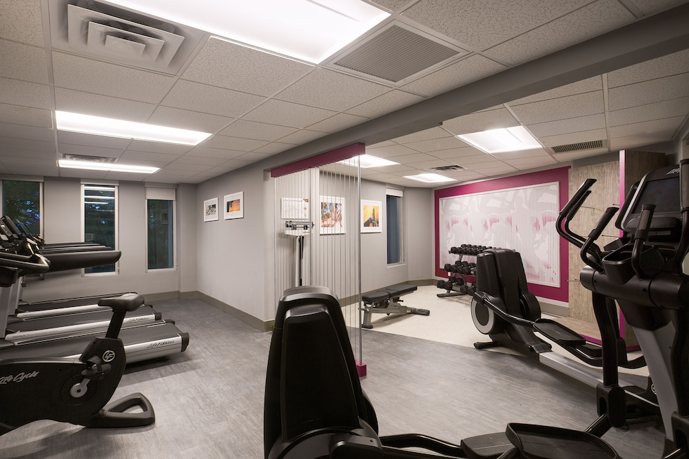 Fitness Facility, Crowne Plaza Portland-Lake Oswego