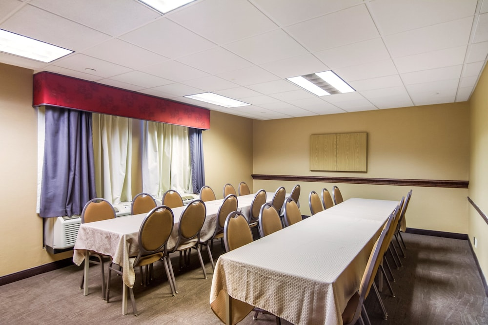 Meeting Facility, Red Roof Inn Meriden