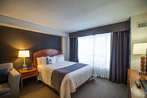 Cambridge Suites Hotel