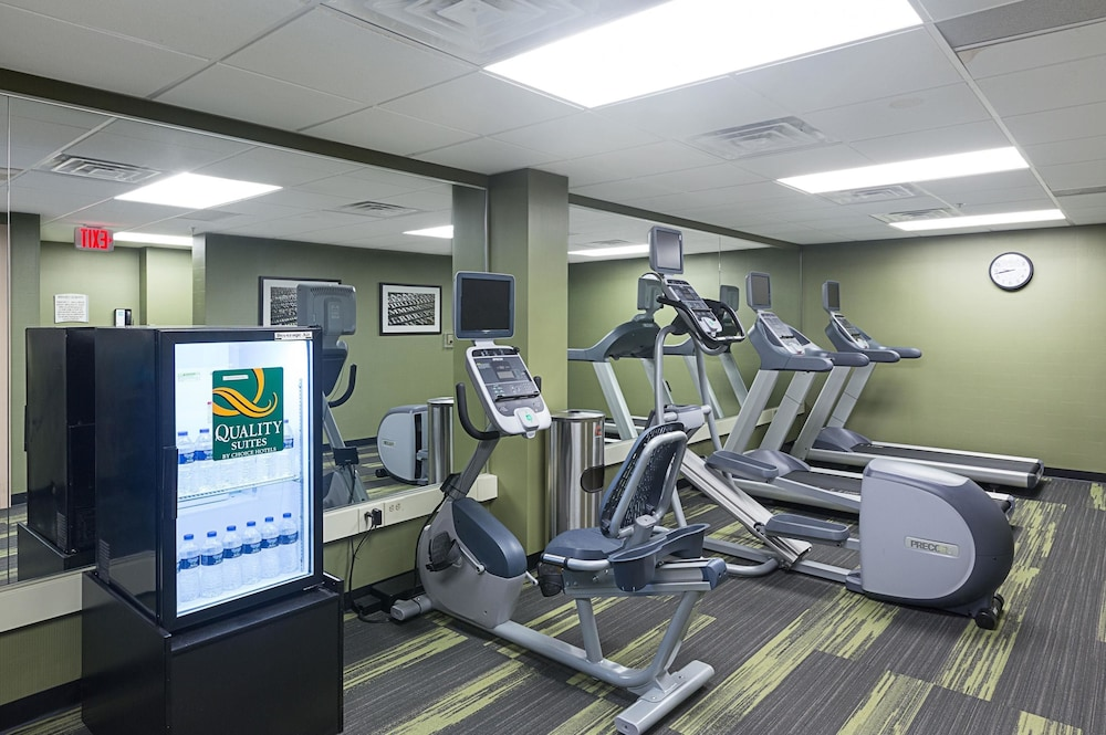 Fitness Facility, Quality Suites Lansing