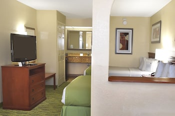 Suite, 2 Queen Beds, Non Smoking, Refrigerator (Third bed is a Sofabed) - Guestroom