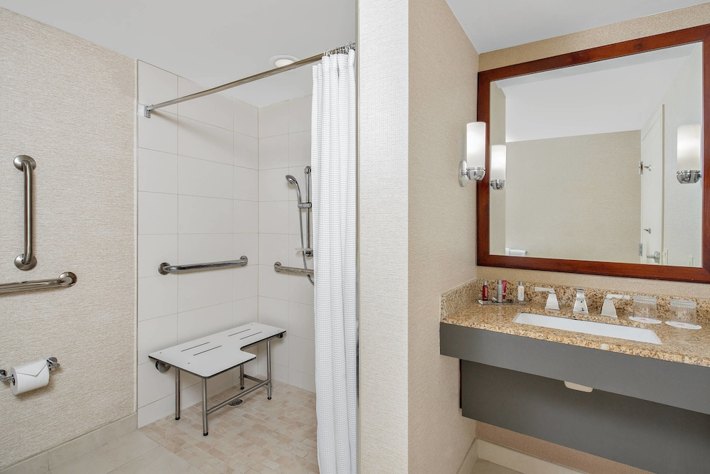 Bathroom, Boca Raton Marriott at Boca Center