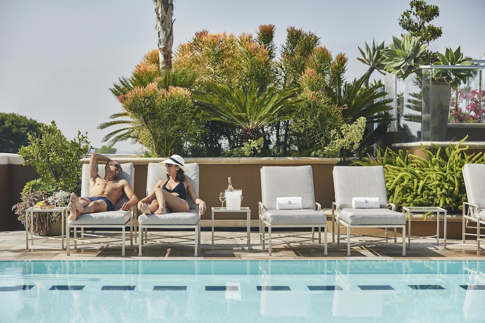 Outdoor Pool, Four Seasons Los Angeles at Beverly Hills