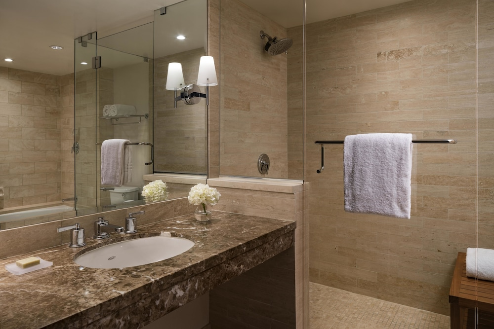 Bathroom, Four Seasons Los Angeles at Beverly Hills