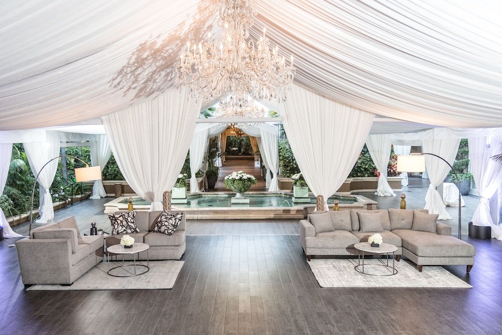 Outdoor Wedding Area, Four Seasons Los Angeles at Beverly Hills