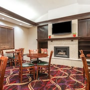 Hawthorn Suites Dayton North