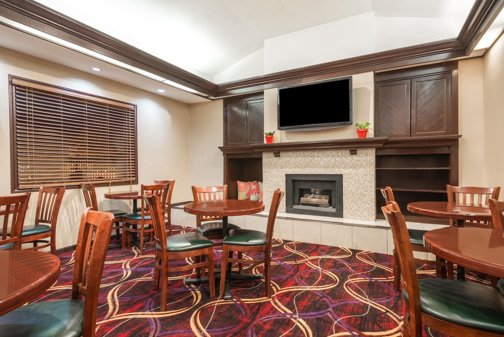 Featured Image, Hawthorn Suites Dayton North