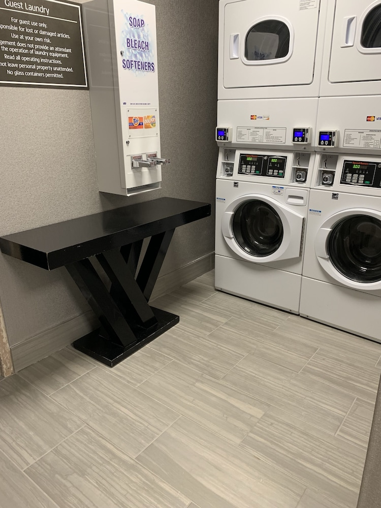 Laundry Room, Best Western Plus Music Row