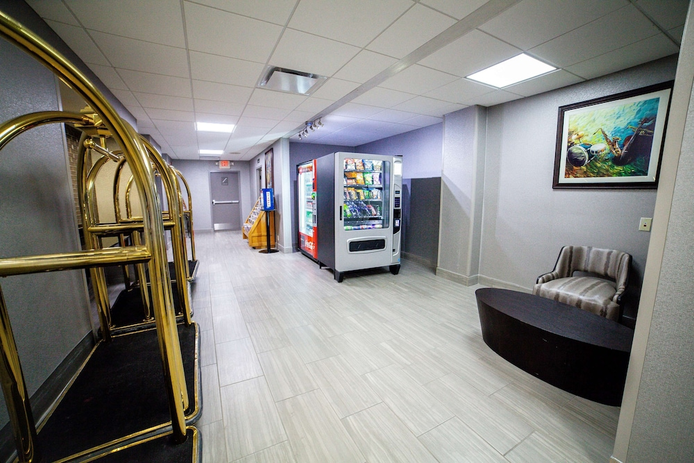 Lobby, Best Western Plus Music Row