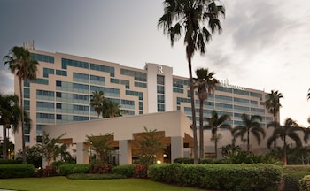 Renaissance Orlando Airport Hotel by Marriott