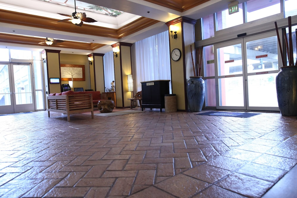 Best Western The Plaza Hotel 2 5 Out Of 0 Exterior Featured Image Interior Entrance