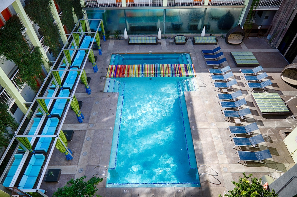 Outdoor Pool, The Clarendon Hotel and Spa