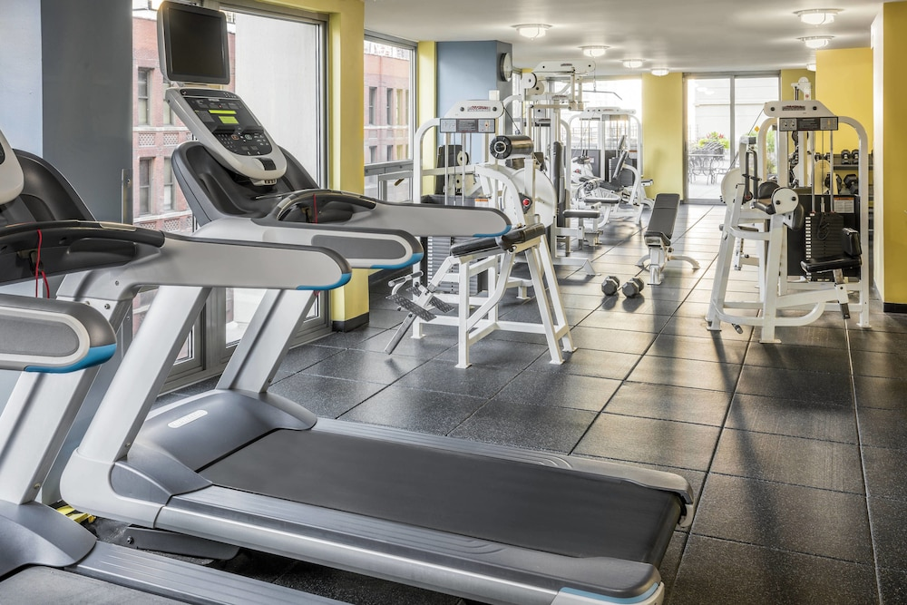 Fitness Facility, Courtyard by Marriott Chicago Downtown River North