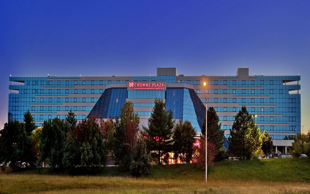 Crowne Plaza St Louis Airport In Hotel Rates Reviews On Orbitz