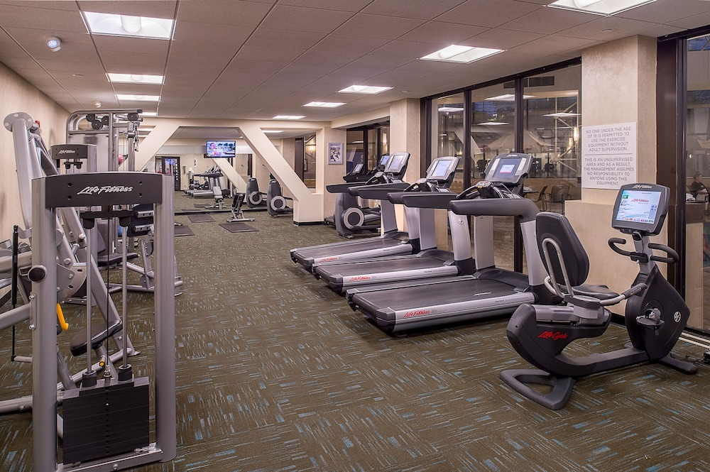 Fitness Facility, Crowne Plaza St. Louis Airport