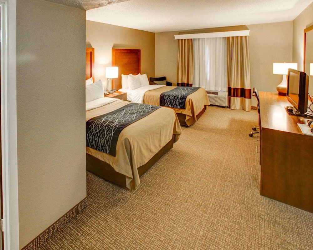 Room, Comfort Inn Conference Center