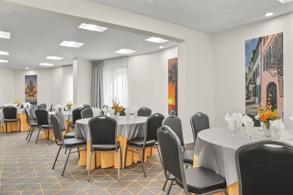 Meeting Facility, Holiday Inn Charleston Riverview, an IHG Hotel
