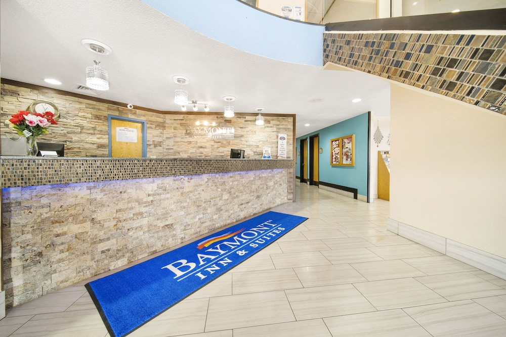 Interior Entrance, Baymont by Wyndham Muncie Near Ball State University
