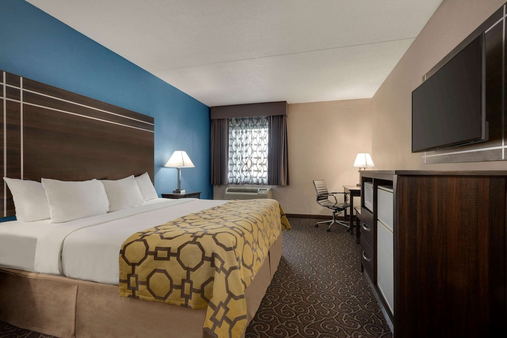 Room, Baymont by Wyndham Muncie Near Ball State University