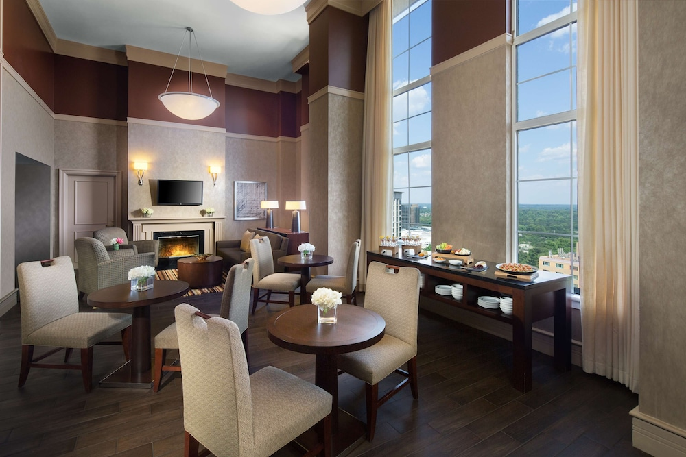 In-Room Dining, Grand Hyatt Atlanta in Buckhead