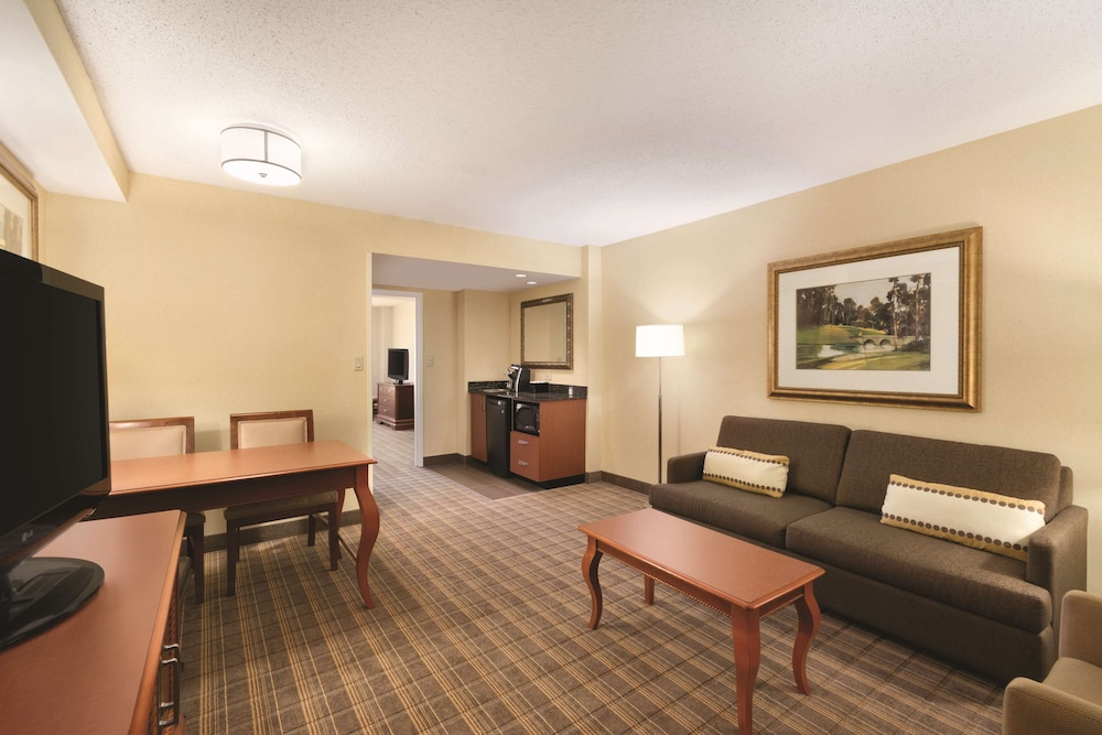Living Area, Embassy Suites Greenville Golf Resort & Conference Center