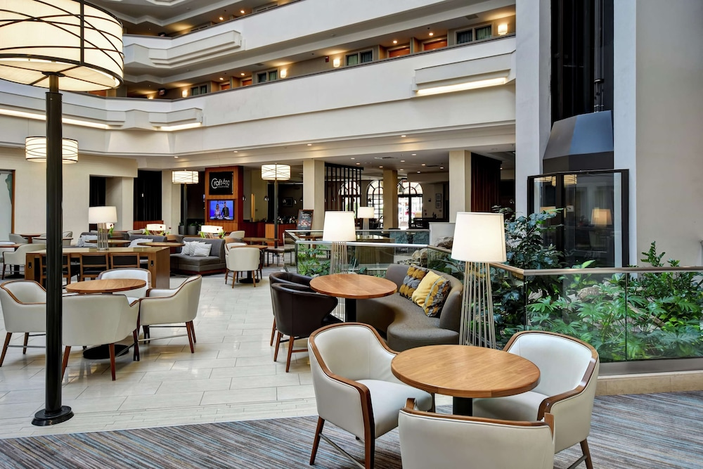 Lobby, Embassy Suites Greenville Golf Resort & Conference Center