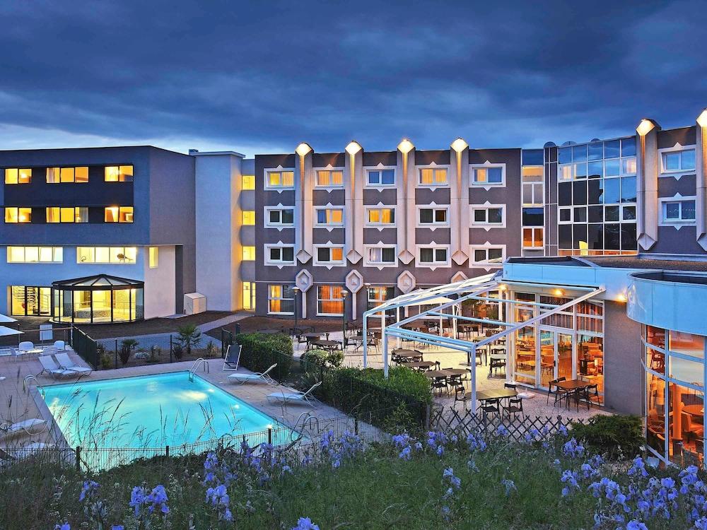Novotel clermont ferrand in clermont ferrand hotel rates for Hotel clermont ferrand avec piscine