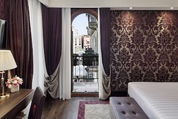ベネチアの英語の通じる雰囲気のあるホテルを教えてください!